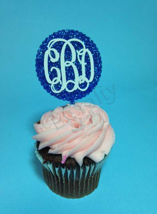 Scalloped Circle Cupcake Topper with Vinyl Monogram 6 count - Laser